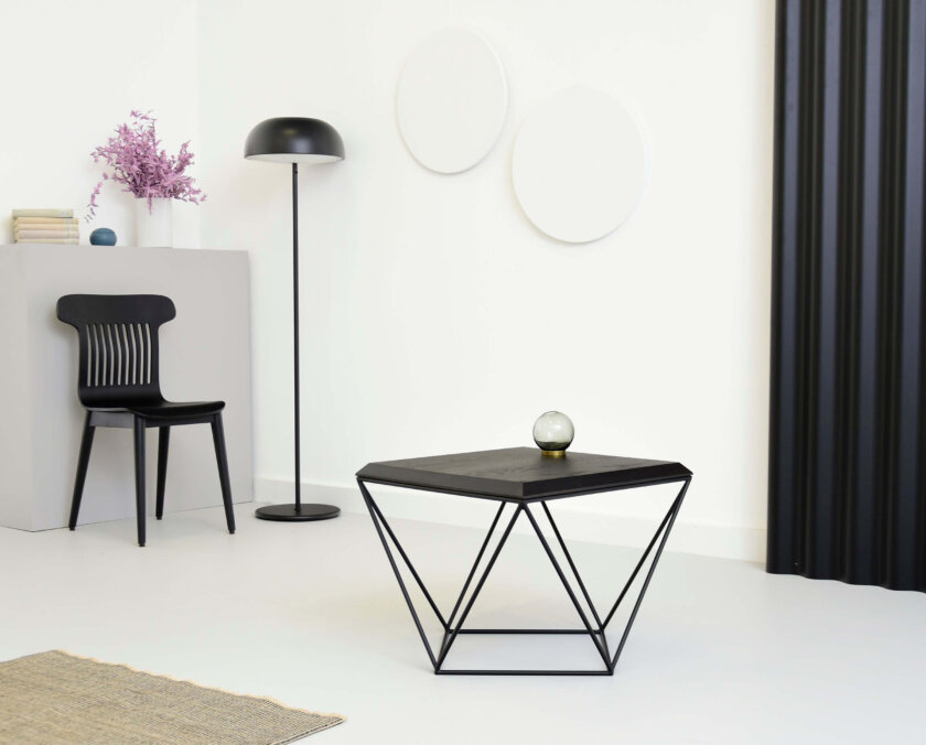 stolik minimalistyczny czarny debowy