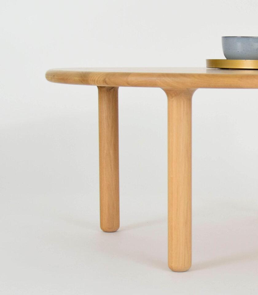 stolik debowy toczony