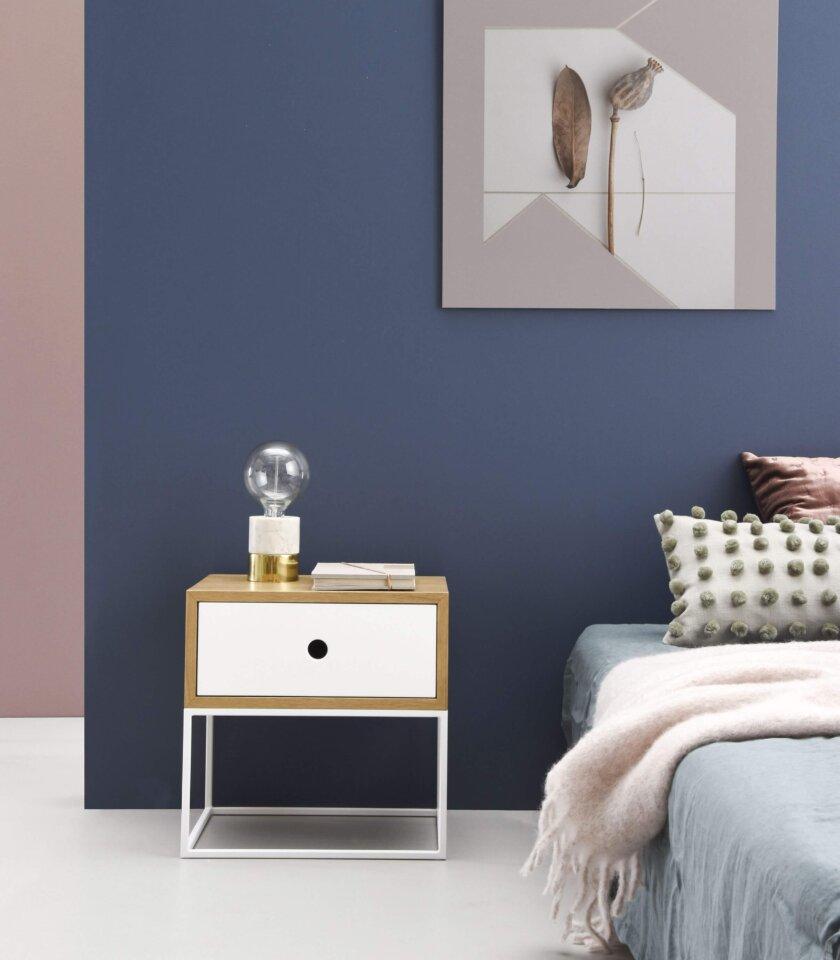 minimalistyczna szafka nocna arsen z szuflada