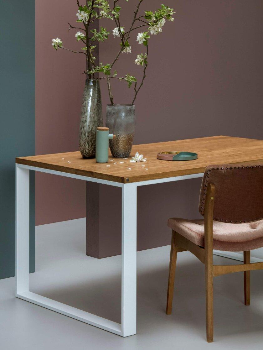 stol w stylu skandynawskim debowy