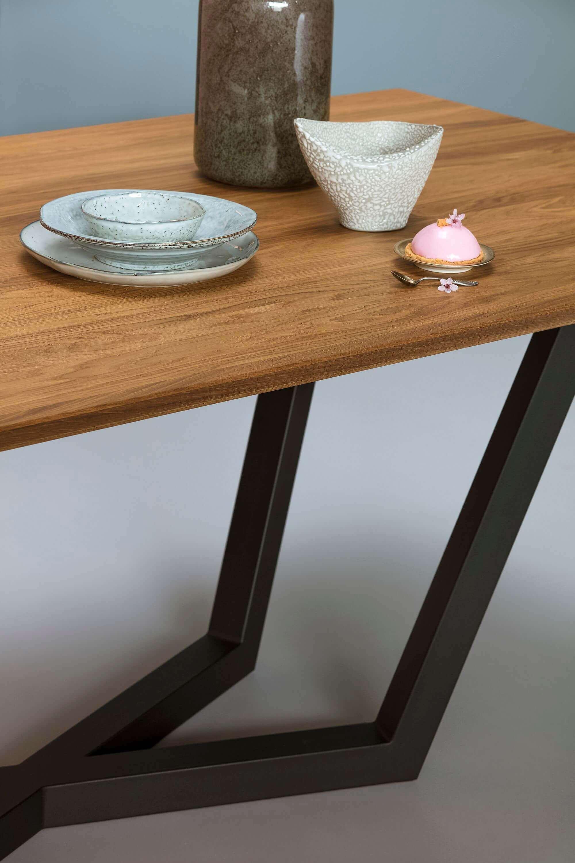 stol z debowym blatem