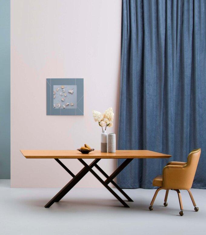 debowy duzy elegancki stol