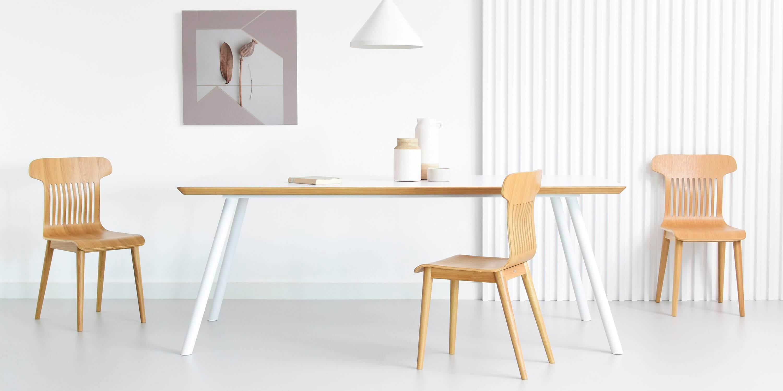 stol z bialym blatem nowoczesny duzy
