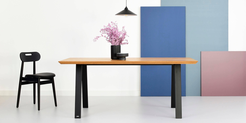 stol industrialny z debowym blatem olejowanym