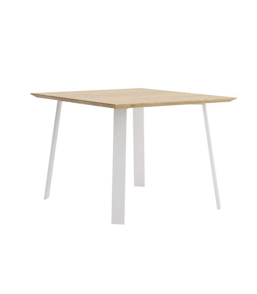 maly kwadratowy stol  na