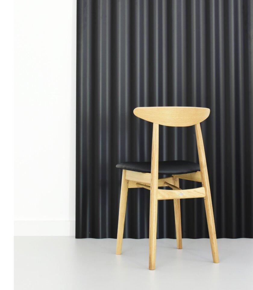 krzeslo debowe miekkie polski design