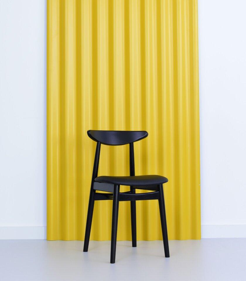 czarne miekkie krzeslo do jadalni