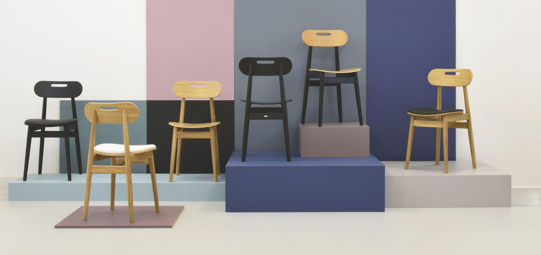 krzesla drewniane w stylu skandynawskim