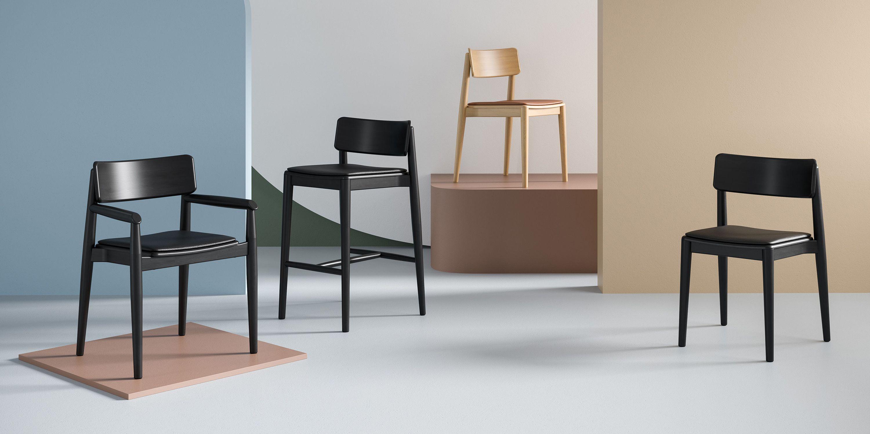 krzesla drewniane czarne nowoczesne polski design