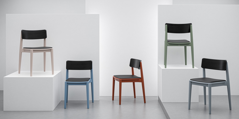 designerskie drewniane krzesla styl skandynawski