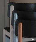 krzeslo drewaniane kolorowe
