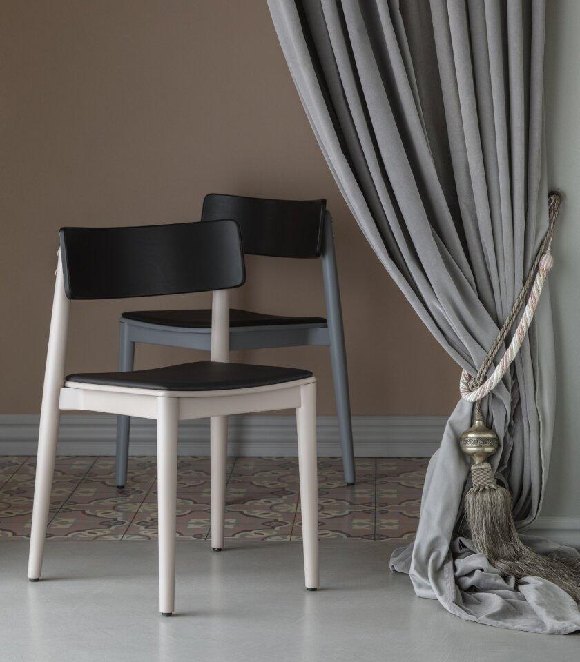 krzeslo drewniane niebieskie polski design