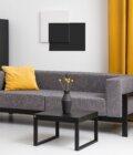 nowoczesna minimalistyczna sofa czarna