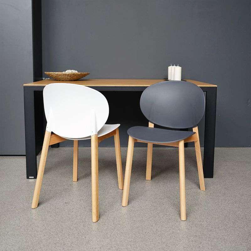 Krzesła w salonie - take me HOME