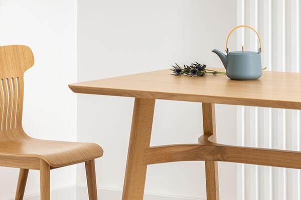 stół dąb okleina naturalna